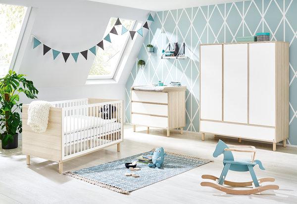 Pinolino Kinderzimmer 'Flow' breite Wickelkommode großer Kleiderschrank